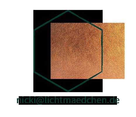 - Kontakt -  (C) Lichtmädchen Fotografie | Nicki Schäfer