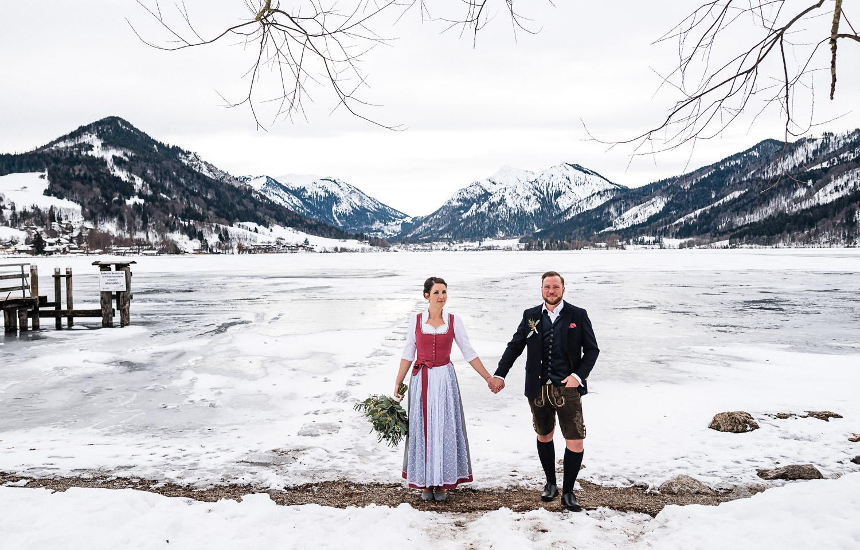 Hochzeitsfotos-Winter-Schliersee-06 - (C) Lichtmädchen Fotografie Nicki Schäfer