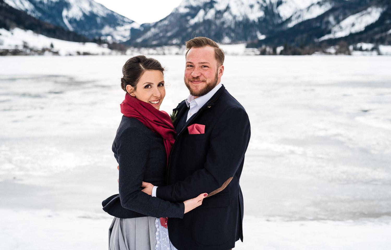 Hochzeitsfotos-Winter-Schliersee-15 - (C) Lichtmädchen Fotografie Nicki Schäfer