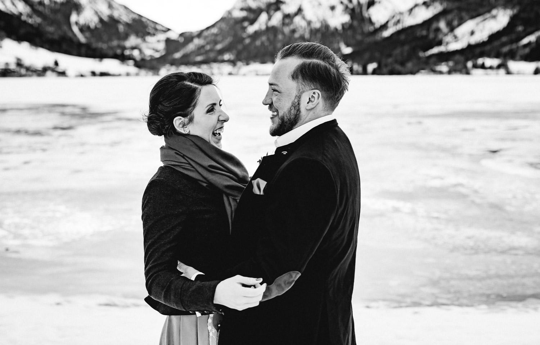 Hochzeitsfotos-Winter-Schliersee-17 - (C) Lichtmädchen Fotografie Nicki Schäfer