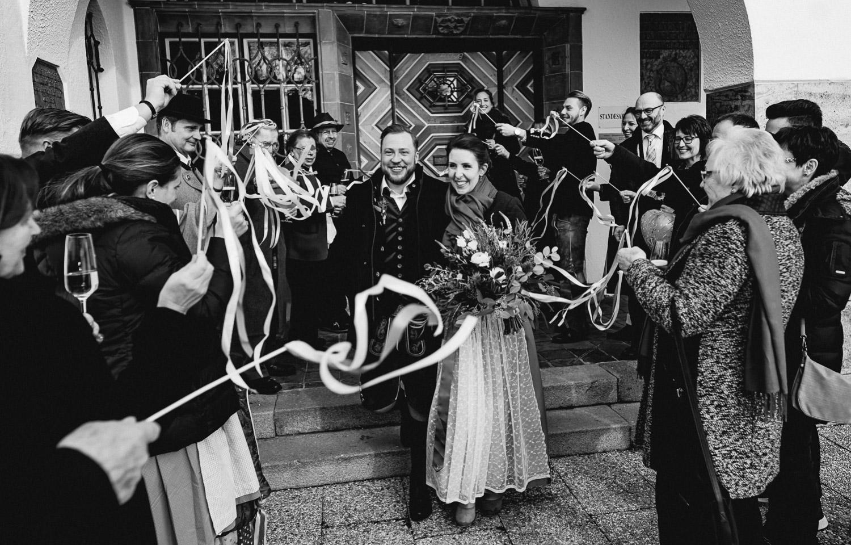 Hochzeitsfotos-Winter-Schliersee-31 - (C) Lichtmädchen Fotografie Nicki Schäfer