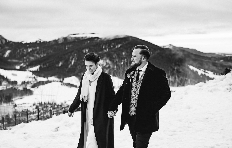 Hochzeitsfotos-Winter-Schliersee-51 - (C) Lichtmädchen Fotografie Nicki Schäfer